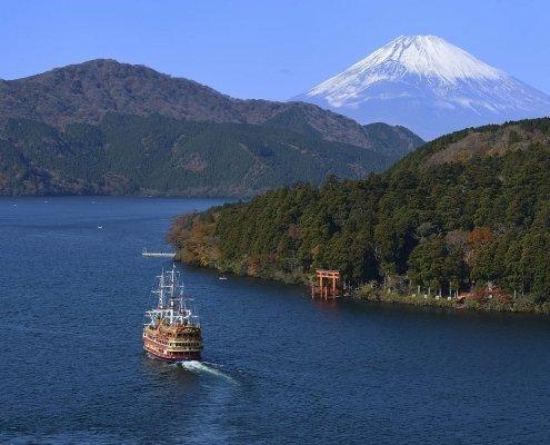 Lake Ashi and Mount Fuji, Hakone